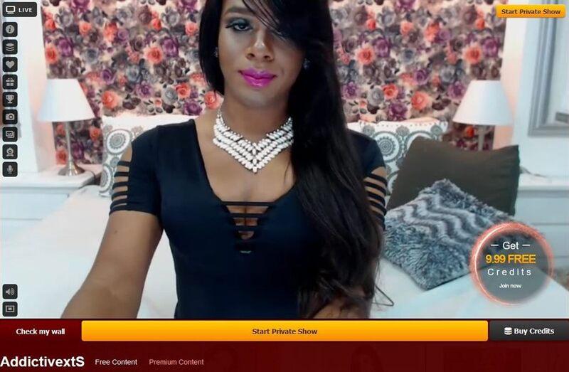 Huge cock tranny in live webcam sex at LiveJasmin.com