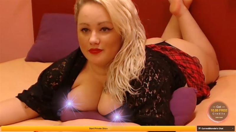 Screenshot of Gorgeous Plump Blonde on Cam