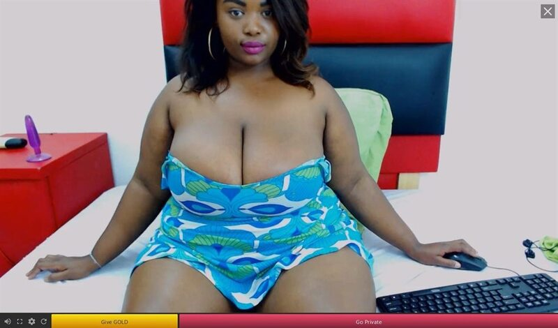 Dark skinned BBW live cams on 121SexCams