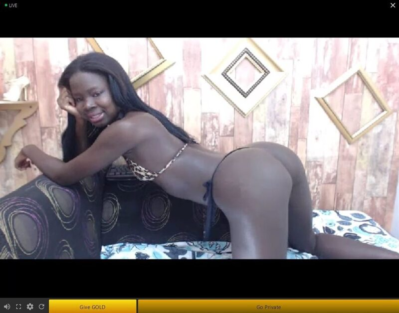 Sexy cheap ebony webcam room on LiveMindy