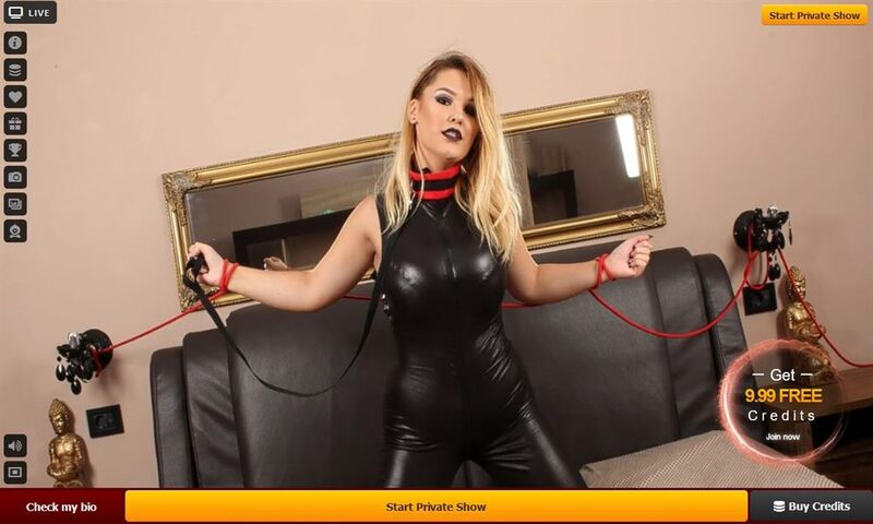 Kinky blonde subservient model at LiveJasmin.com